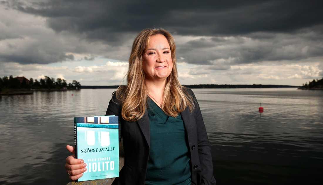 """Malin Persson Giolitos roman """"Störst av allt"""", som började sändas som tv-serie på Netflix den 5 april, kan få en andra säsong."""
