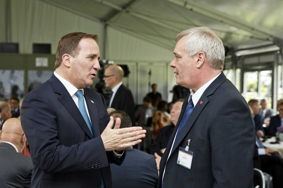 Löfven med partiledaren för finska Socialdemokraterna Antti Rinne.