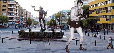 """""""Lockande tanke"""" Ingemar Johansson kan få en egen staty i sin hemstad. Var den i sådana fall ska stå är ännu inte klart. """"Han är ju en profil i Göteborg"""", säger Anneli Hulthén, kommunalstyrelsens ordförande i Göteborg.OBS! Bilden är ett montage."""