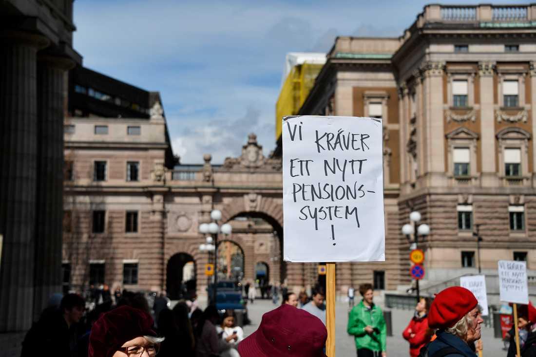 Tantpatrullen har i flera år demonstrerat utanför riksdagen.