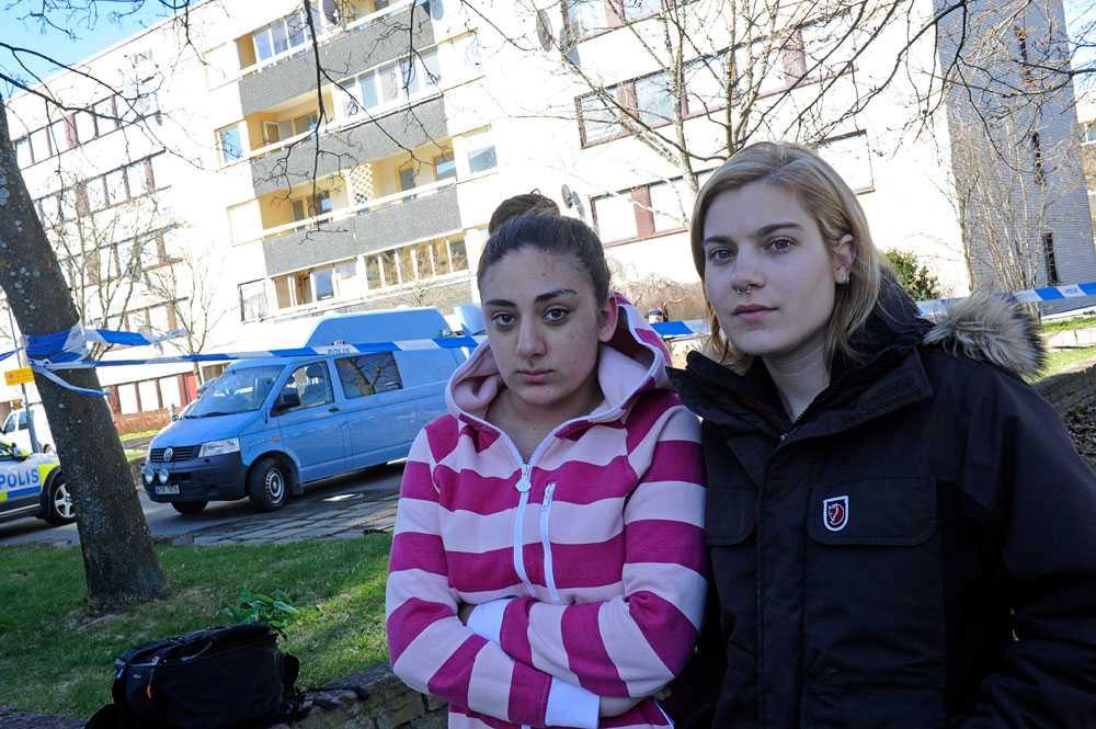 Grannarna fr.v. Niki Karimgholipour och Leyla Hjeren