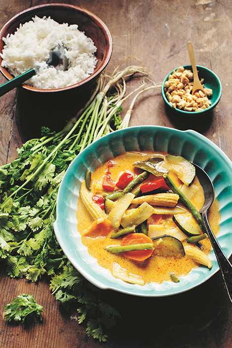 En thailändsk gryta med mycket grönsaker från  Zeina Mourtadas kokbok.