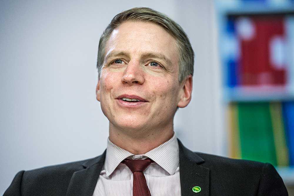 """Finansmarknadsminister Per Bolund, sedan igår känd som """"Per Bolån"""", öppnade igår för att slopa ränteavdragen."""