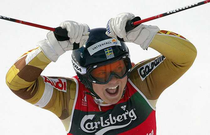 Jaaaaaaa Anja skriker ut sin glädje efter VM-guldet i storslalom i Bormio 2005.
