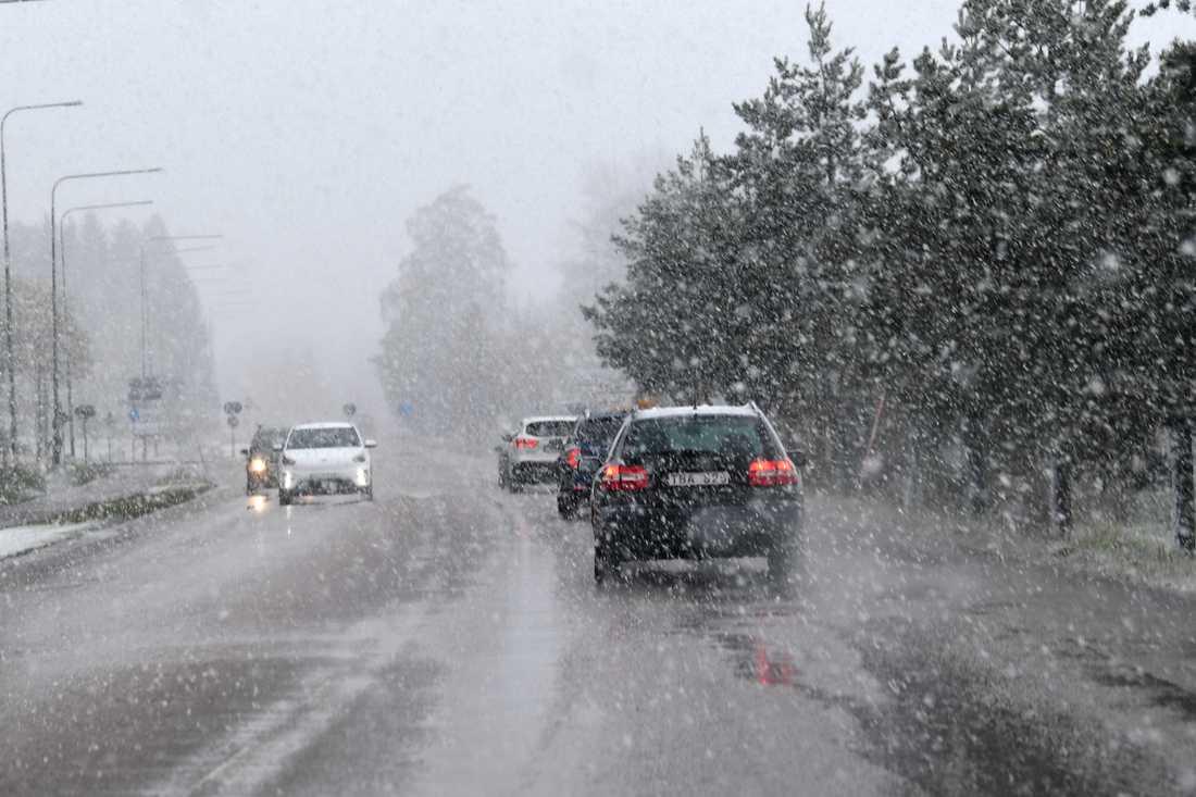 Besvärligt väder väntas när ett snöfall drar in över landet. Arkivbild