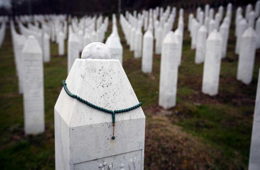 Begravningsplats i Potocari, nära Srebrenica i Bosnien-Hercegovina. Arkivbild.