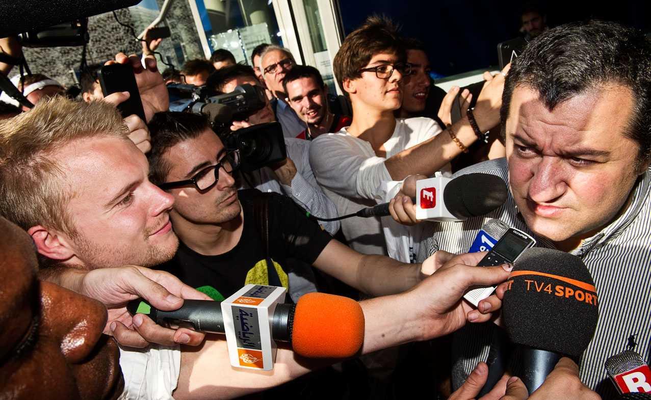 Zlatans agent bekräftar att affären är klar.
