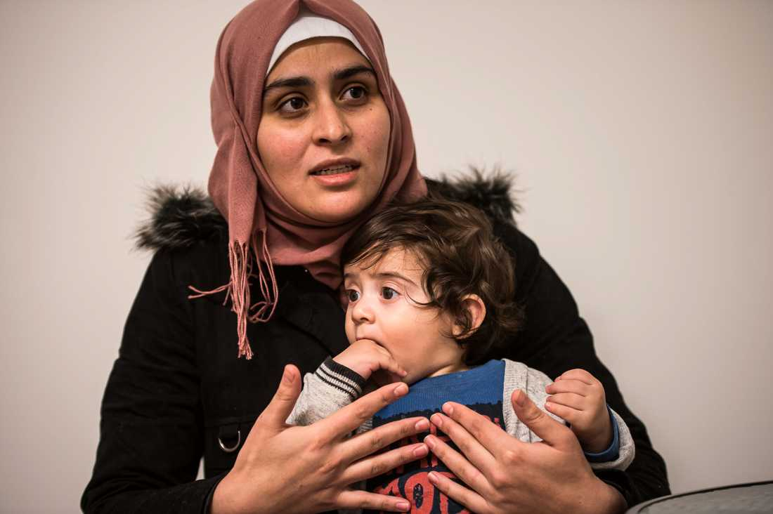 """""""Han sa: Ni syrianer påstår att era barn är sjuka, när de inte är det"""", säger mamma Bayan Darwish, 23 om läkaren som behandlade Leith."""