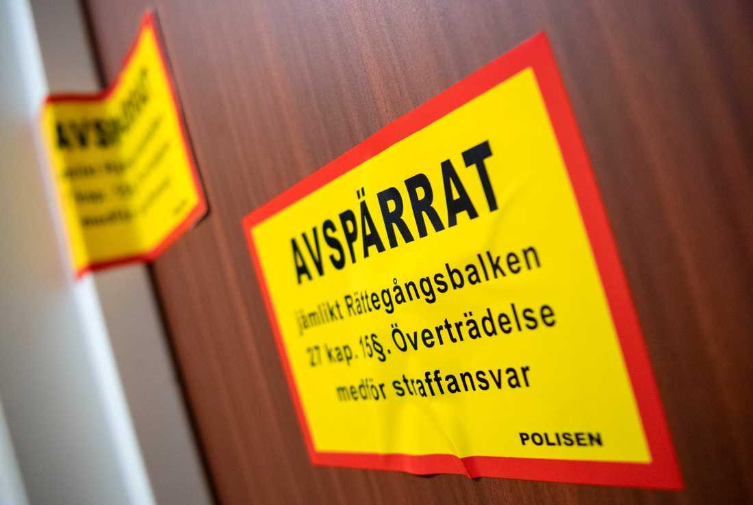 En kvinna som länge legat död har hittats i en lägenhet i Västra Frölunda. En man har gripits, misstänkt för mord. Arkivbild.