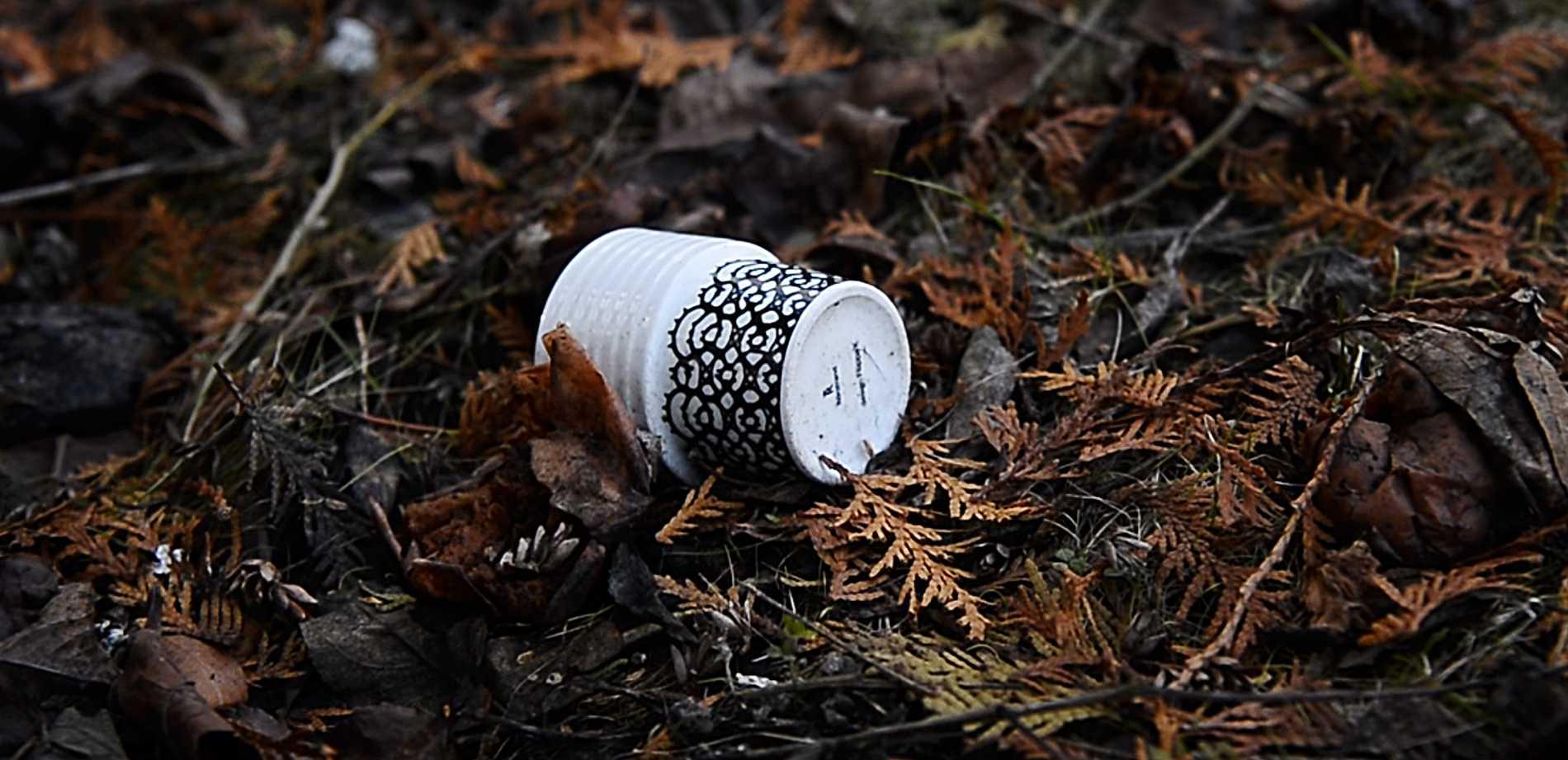 En kaffemugg som är en av de få saker som inte brann upp.
