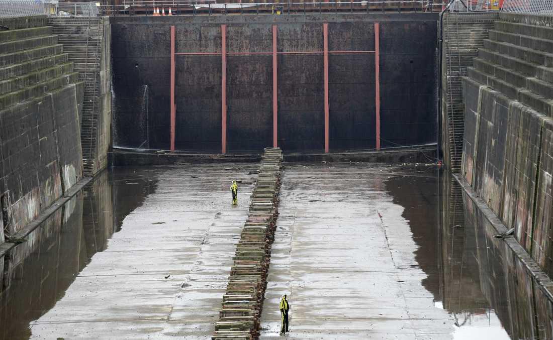 I hamnen nära museet finns varvet kvar där Titanic målades och sjösattes.