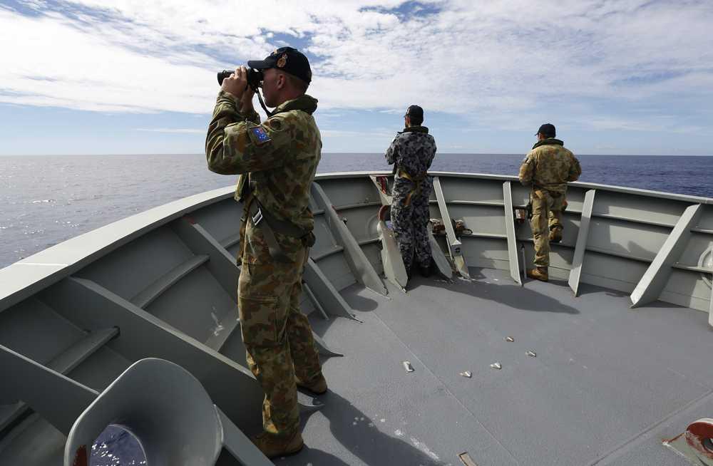 Australiska sjömän letar efter MH370 på onsdagen