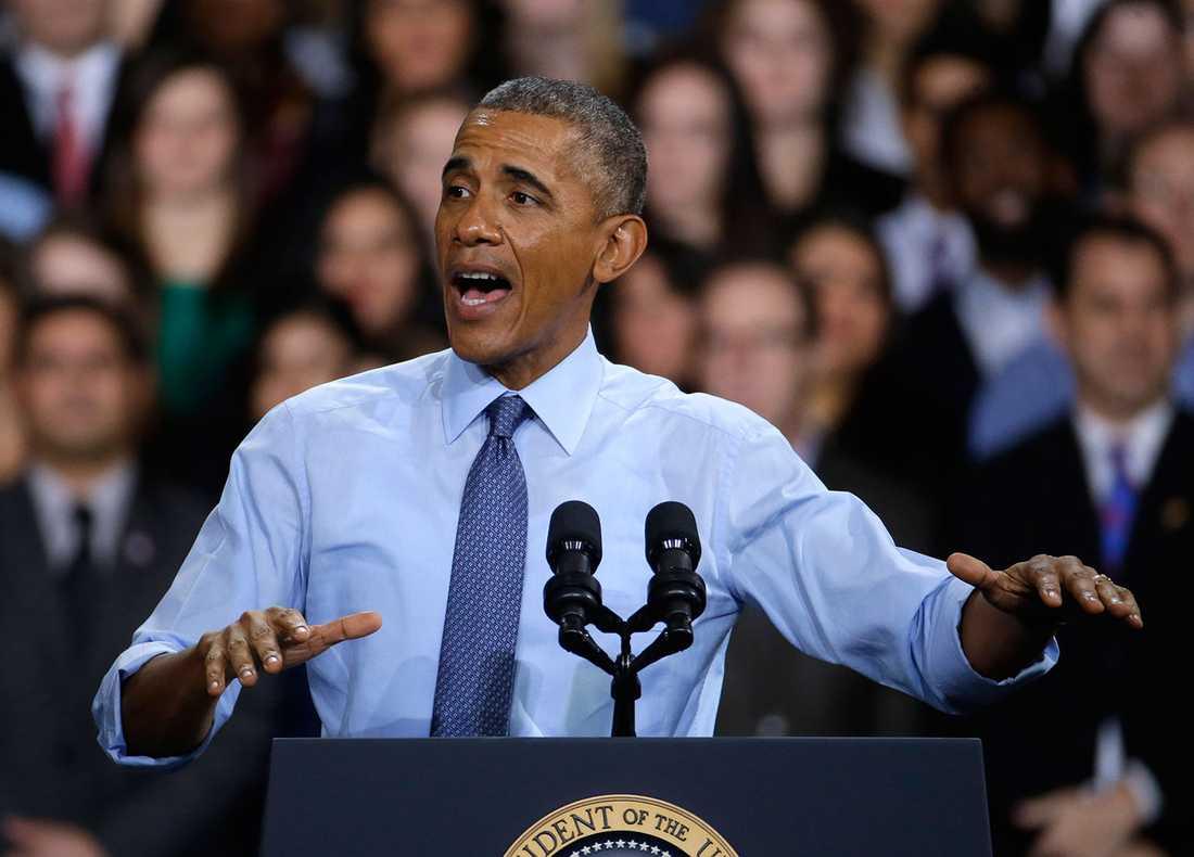 PRESIDENTEN VACKLAR Barack Obama har tidige inte velat förse Ukraina med vapen, men nu verkar presidenten vackla. Något som kan ge svåra konsekvenser.
