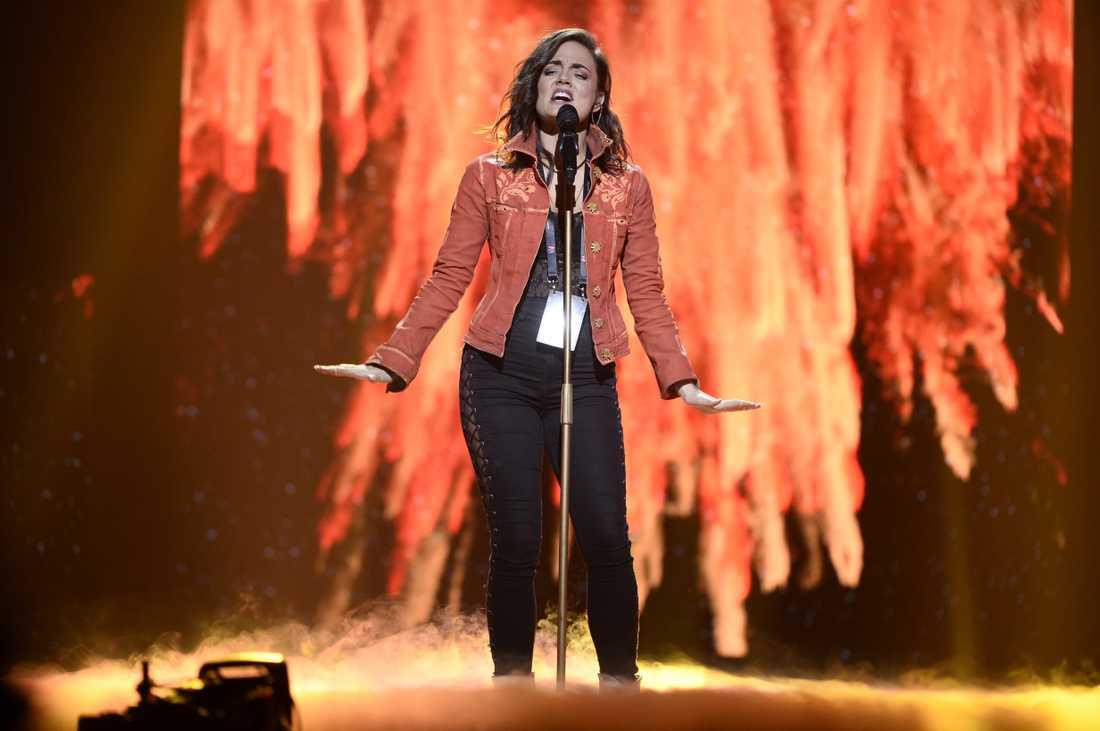 Miss Li är hemlig låtskrivare åt Mimi Werner som tävlar deltävling två i Melodifestivalen.