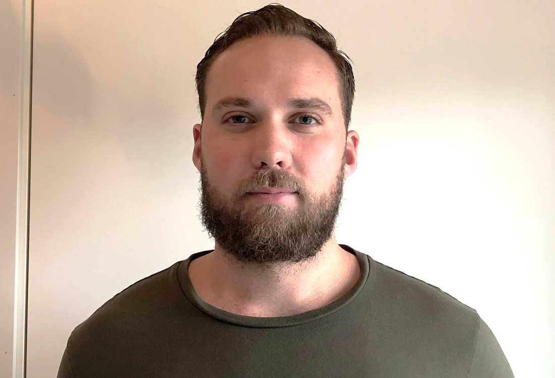 Thomas Halin var en av personer som hjälpte de skadade vid knivdådet i Upplands Väsby.