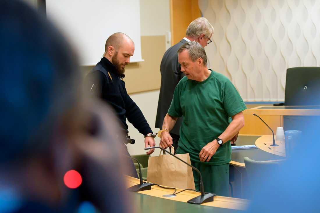 Karl Hedin häktas för jaktbrott