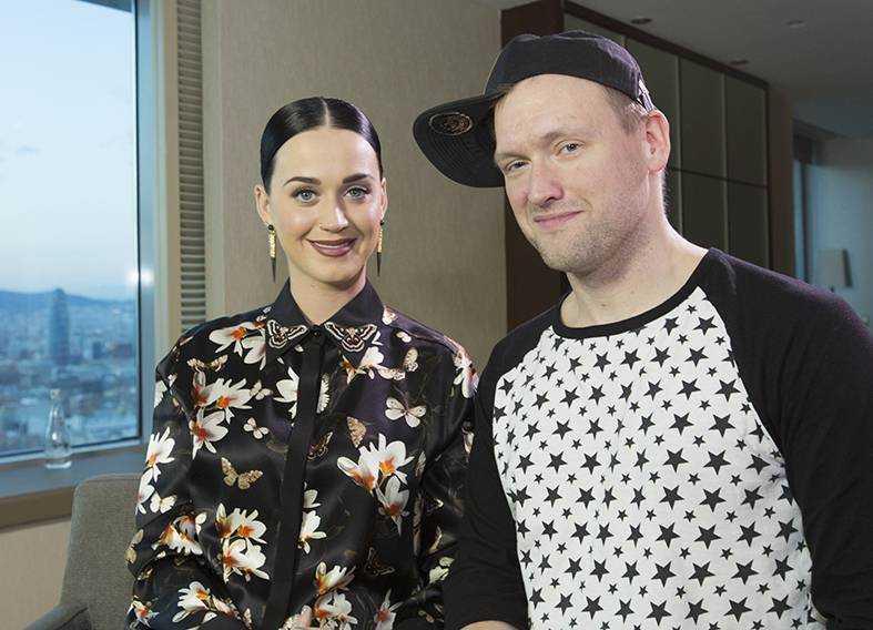 Katy Perry och Nöjesbladets Torbjörn Ek.