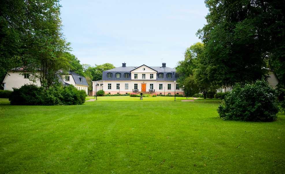 12 000 000 kronor Kungsgårdens herrgård, Sandviken.