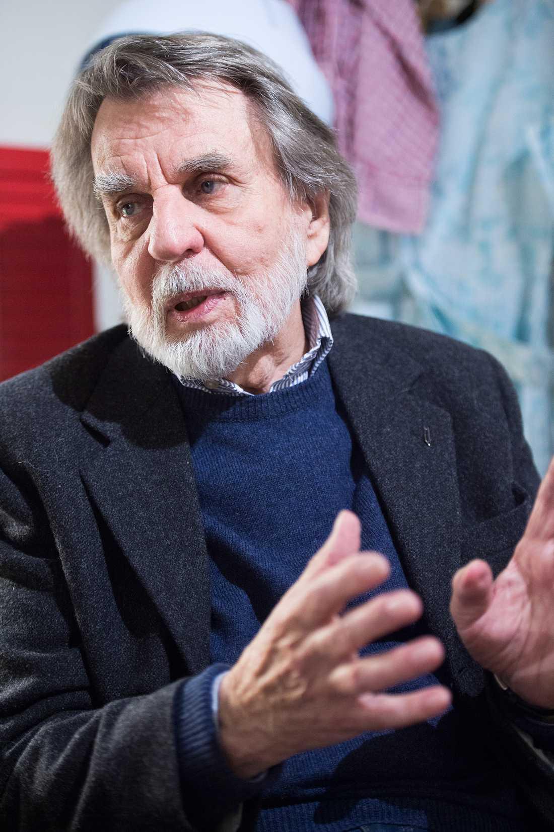 """Per Åhlin, 82, känd för bland annat """"Karl-Bertil Jonssons julafton"""", försökte tillgodose arvingarnas krav samtidigt som han kände tidspressen att få färdigt filmen."""
