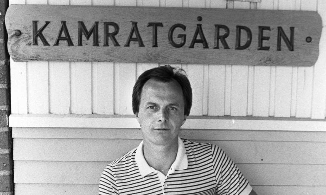 Sven-Göran Eriksson utanför Kamratgården i Göteborg inför Uefacup-spelet 1982.