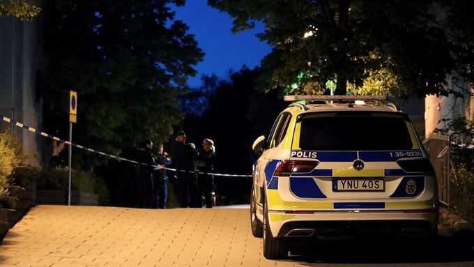 Polisen har inlett en förundersökning om mordförsök.