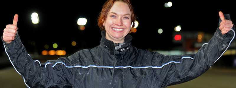 Dubbel glädje Emma Bjerkås tog en dubbel på Solvalla.