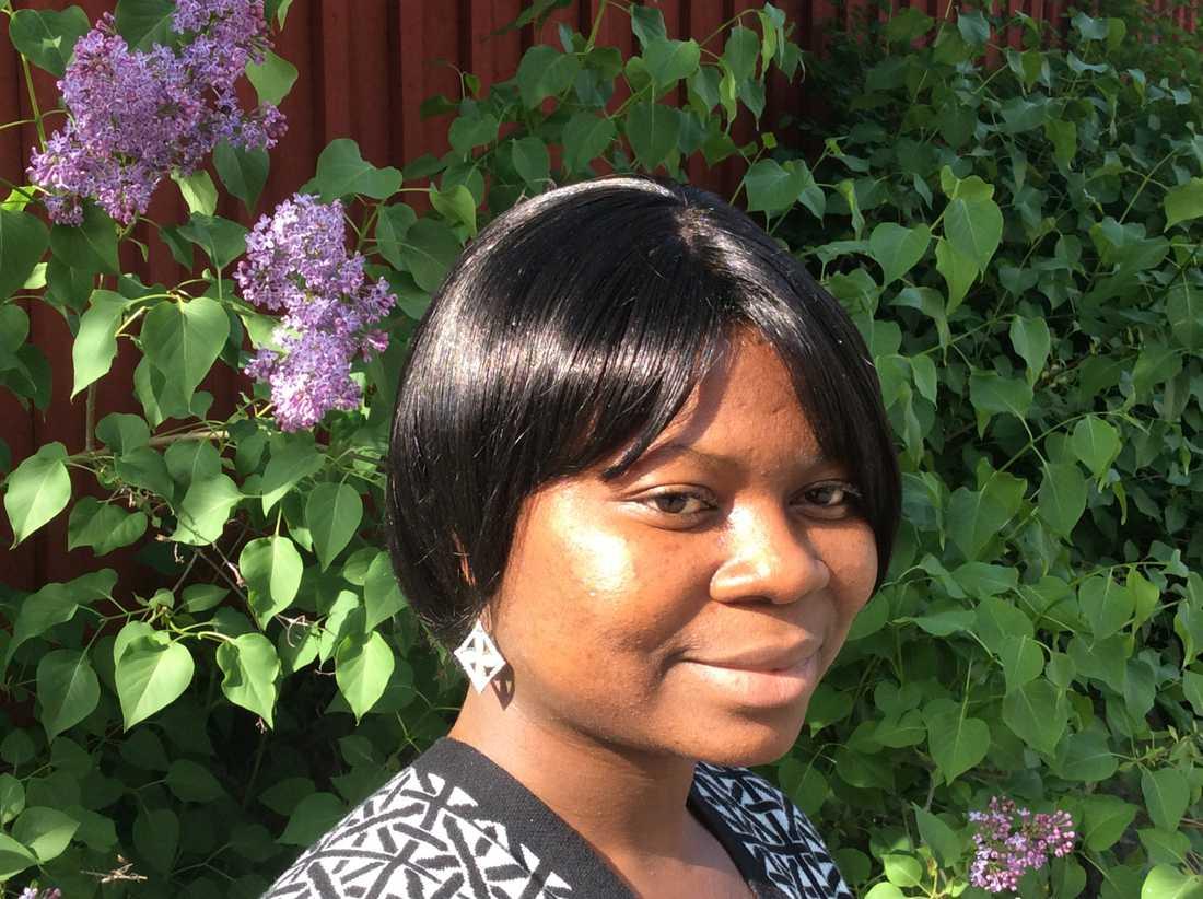 Doreen Amuzu studerar till bristyrket undersköterska. Nu kan hon utvisas till Ghana.