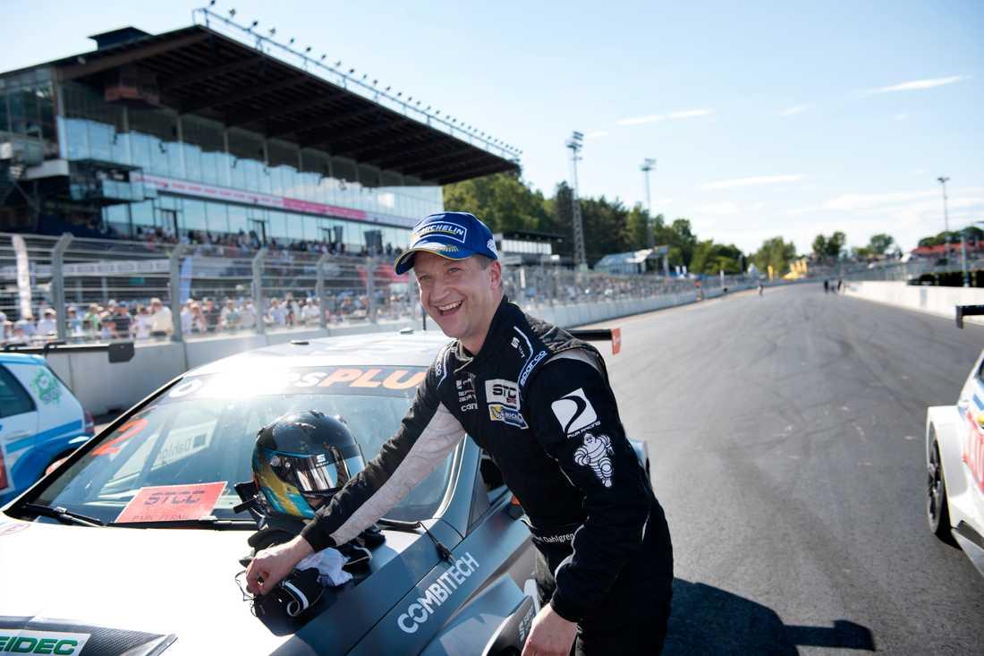 Robert Dahlgren vann det tredje och sista racet på Solvalla och är ny totalledare i STCC.