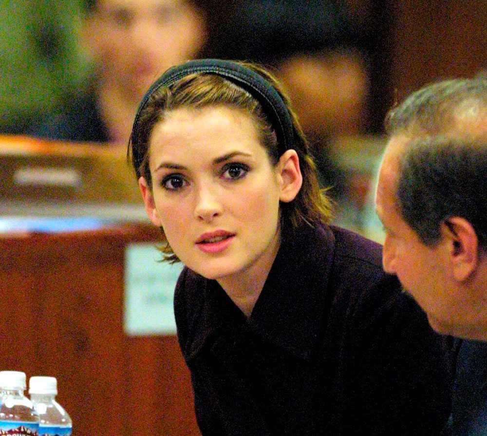 Winona Ryder dömdes för grov stöld och skadegörelse.
