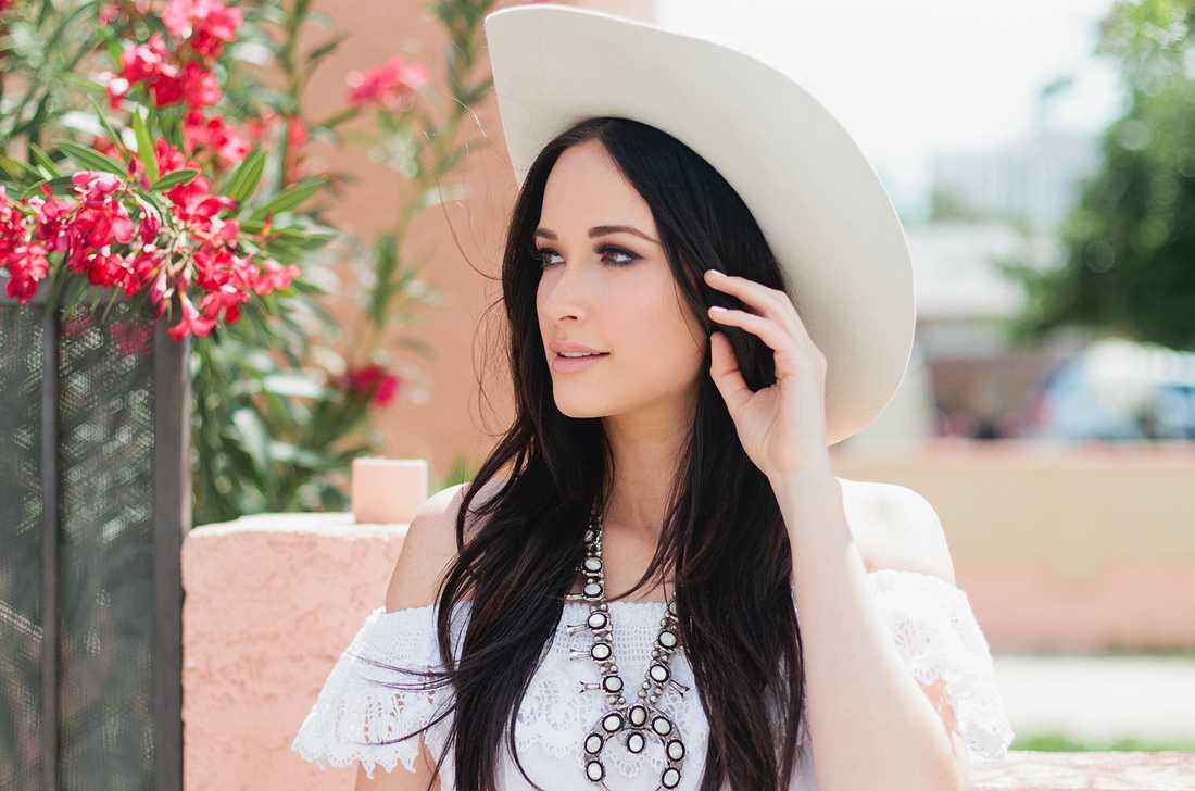 "Kacey Musgraves har med ""Golden hour"" gjort sin poppigaste skiva hittills."