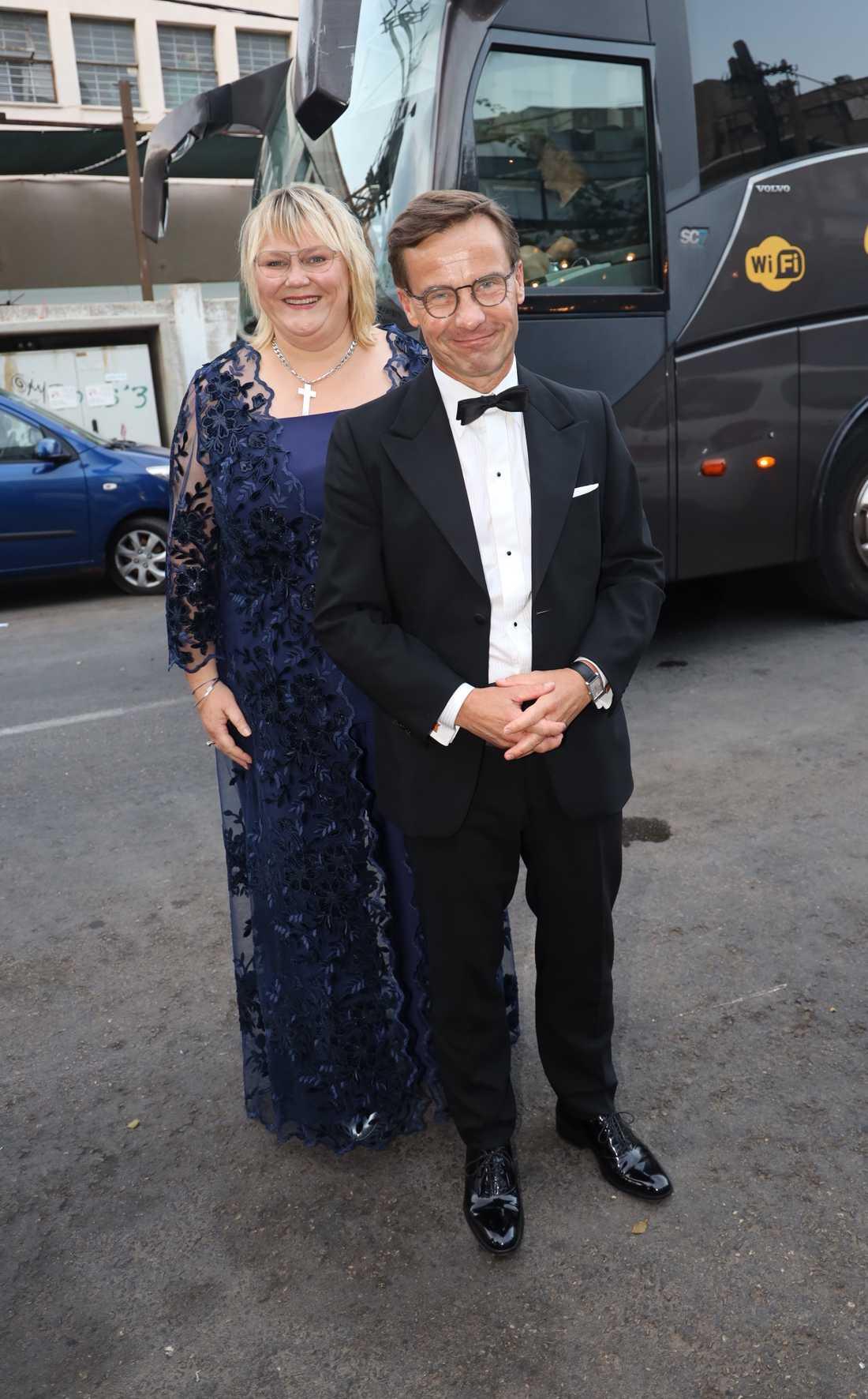 Moderaternas Ulf Kristersson kom med hustrun Birgitta Ed.