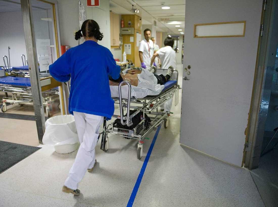 Enligt reportagebokens redaktör, Kent Werne, är de verkliga vinnarna i sjukvårdsomvandlingen riskkapitalisterna och de som sålt sina företag till dem. Förlorarna är den bantade personalen, elever med behov av extra hjälp, och patienter med störst vårdbehov.
