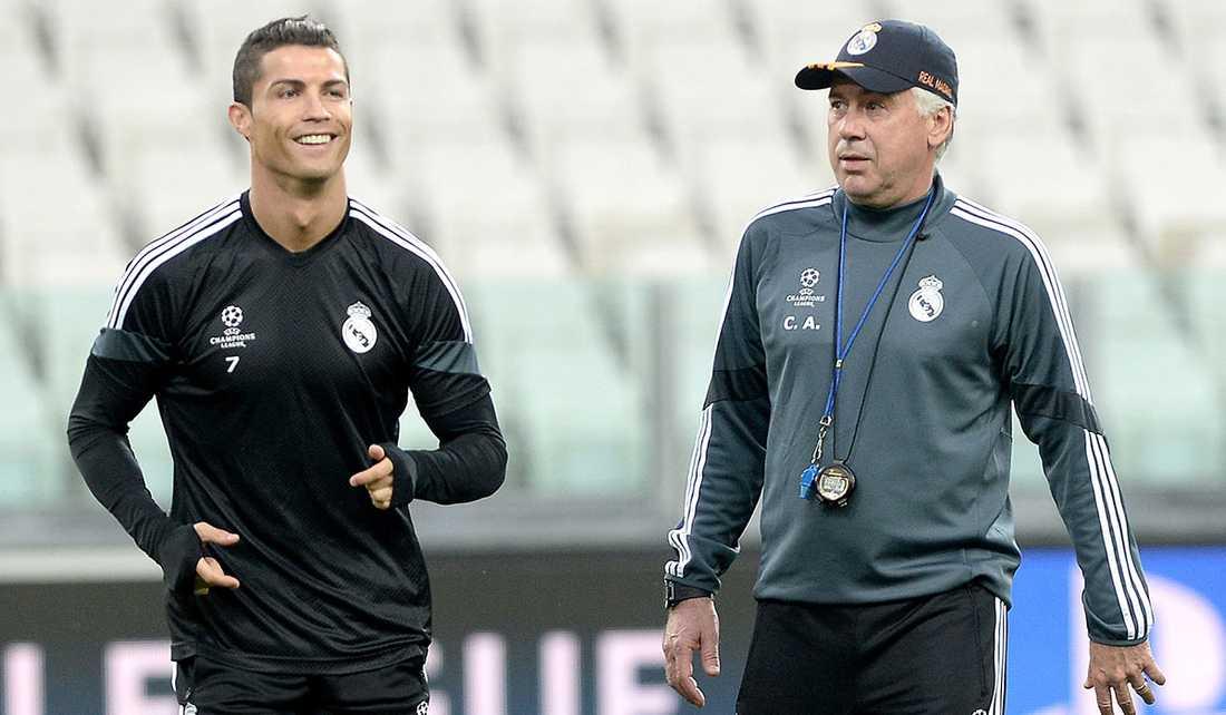 Ancelotti tog hjälp av Ronaldo i filminsatsen.