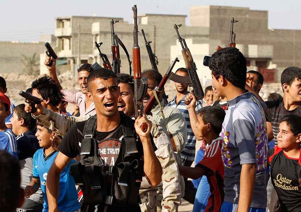 Bland arméns frivilliga synd många unga pojkar.
