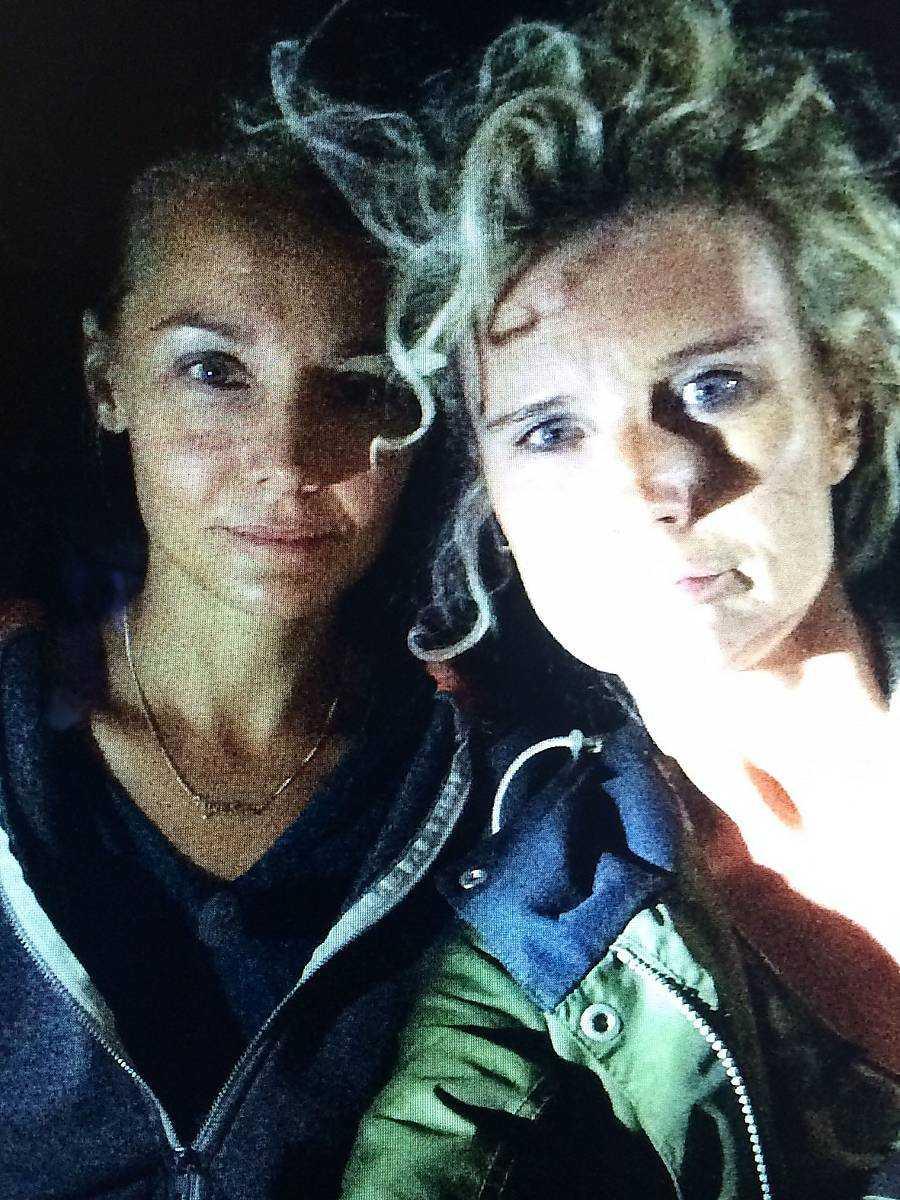 Carina Berg och Christine Meltzer överlevde i kolmörkret.