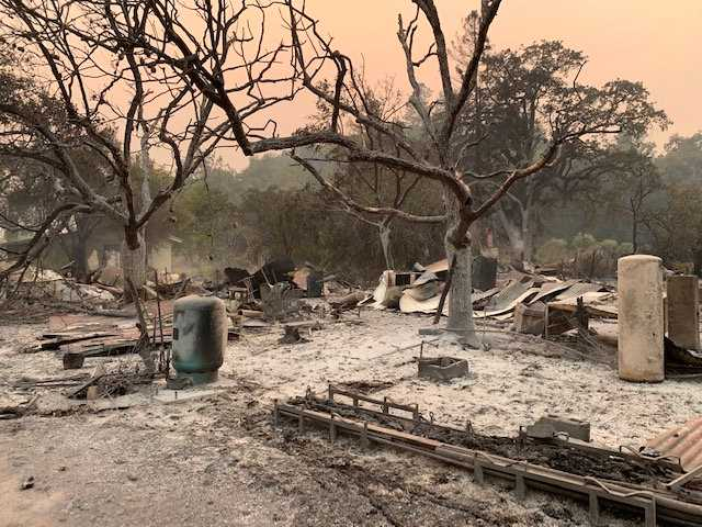 Brandmännen lyckades inte rädda bostadshuset som Vincent Tofanellis morfar och mormor levde i.