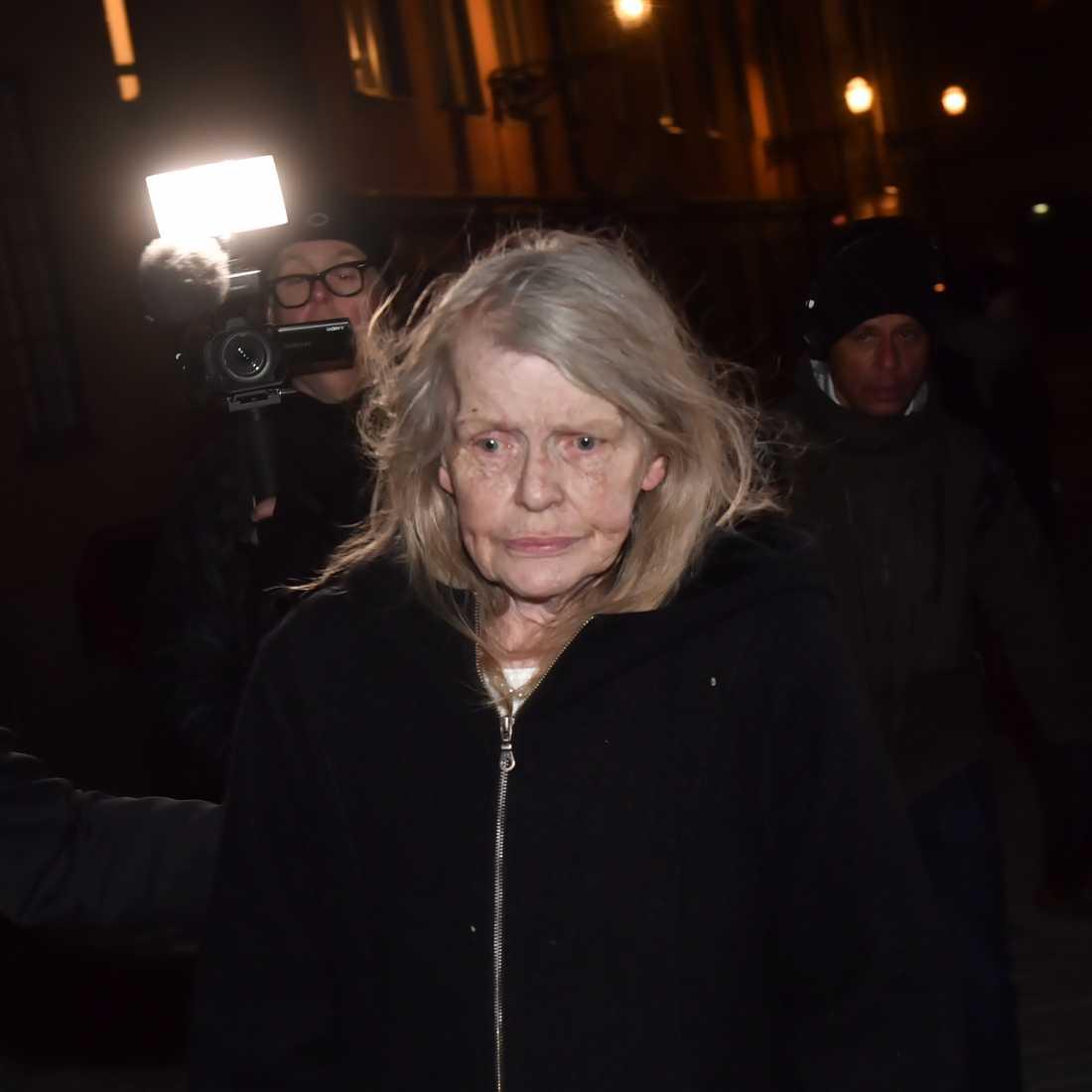 """Kristina Lugn i sms till DN: """"Pressmeddelande är skrivet"""""""