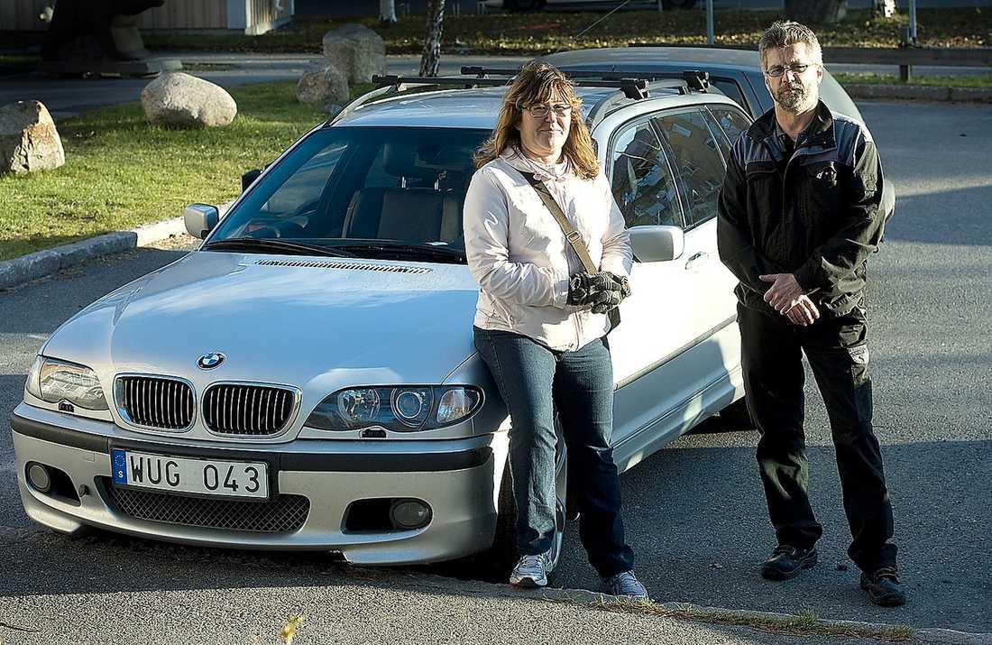 ÅKTE PÅ JAKT Karin och Ulf Nilsson letade själva upp den stulna BMW:n efter att de lyssnat på siarens tips.