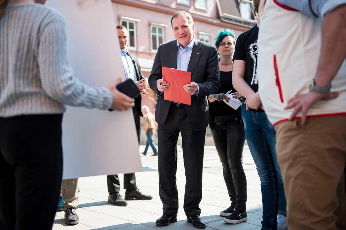 Statsministern och S-ledaren Stefan Löfven talar och går i förstamajtåget i Umeå i år och väntas ha med sig en nyhet med bäring på EU-parlamentsvalet. Arkivbild.