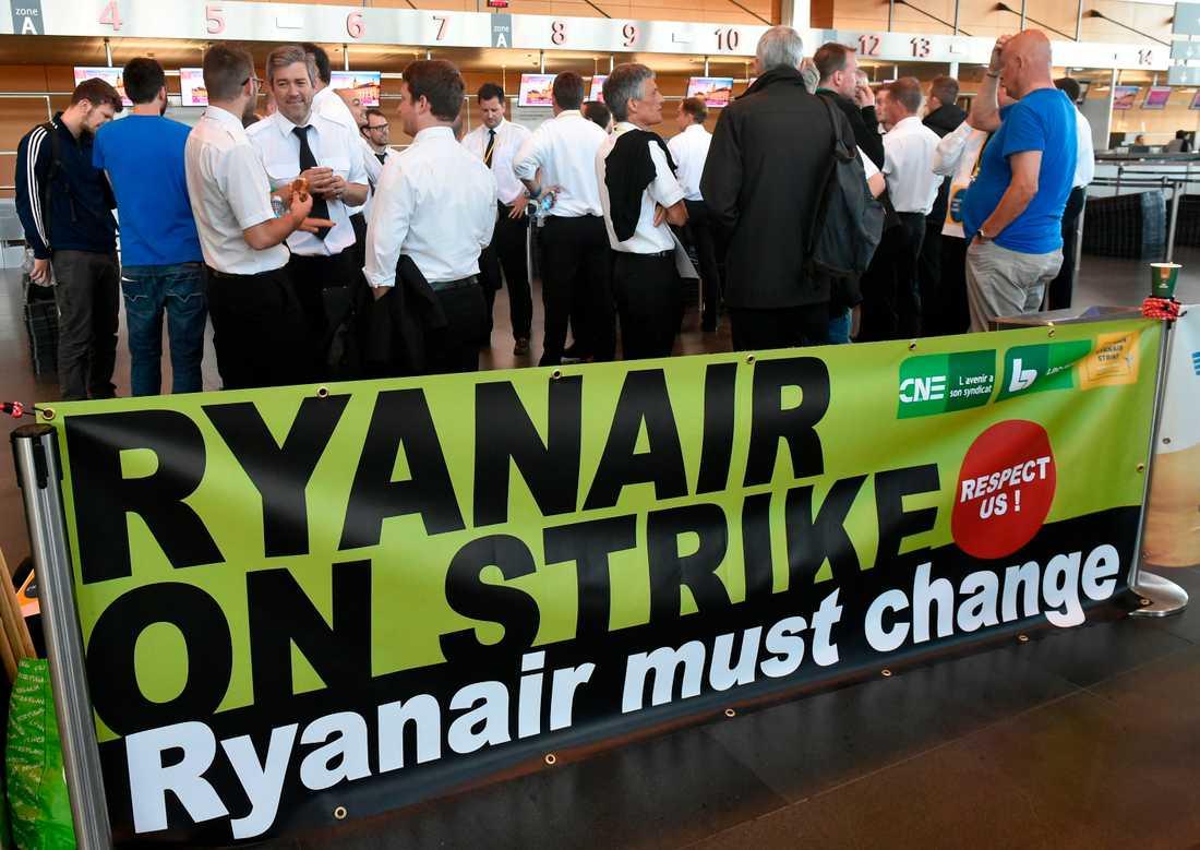 Ryanair-anställda strejker i Belgien.