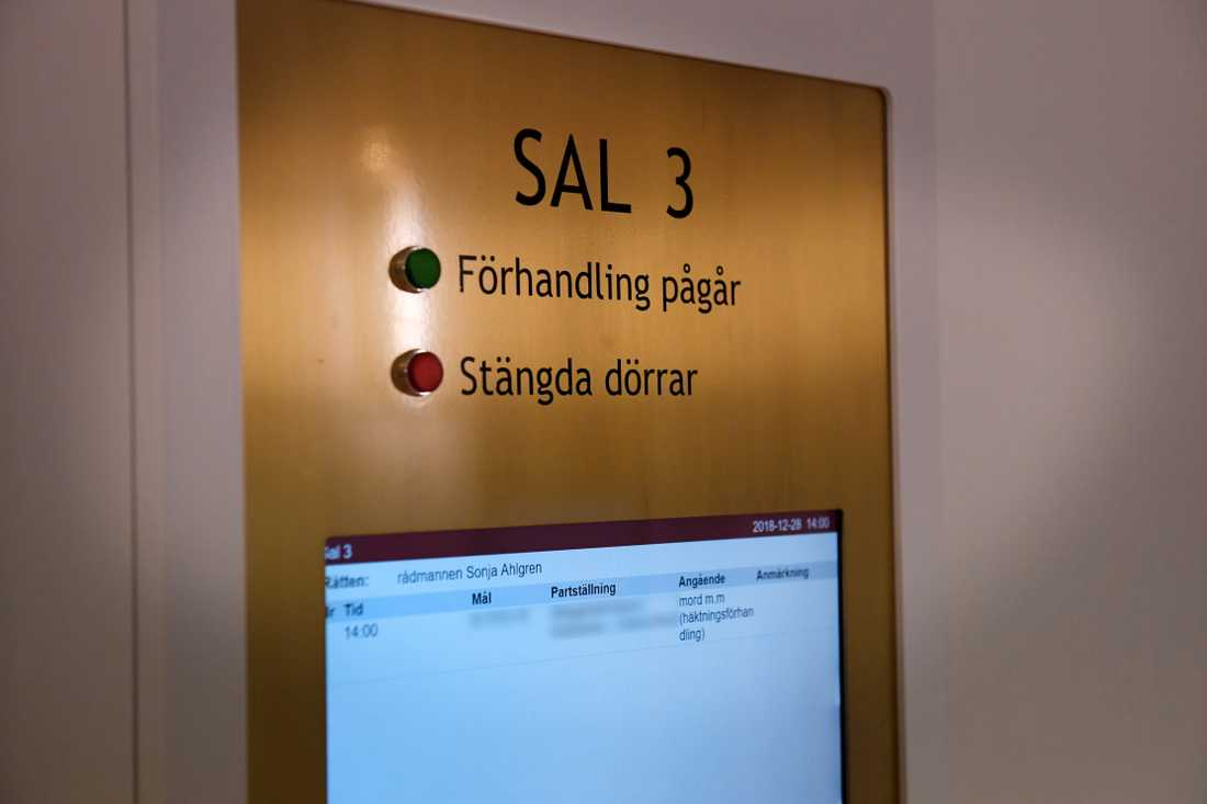 Häkningsförhandling i Eskilstuna tingsrätt.