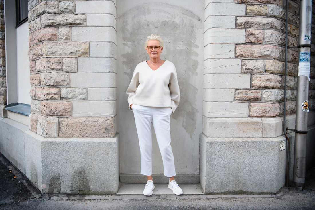"""Eva Dahlgren inspirerades av orden """"kommersiellt självmord"""" när hon skapade den nya skivan """"Evalution""""."""