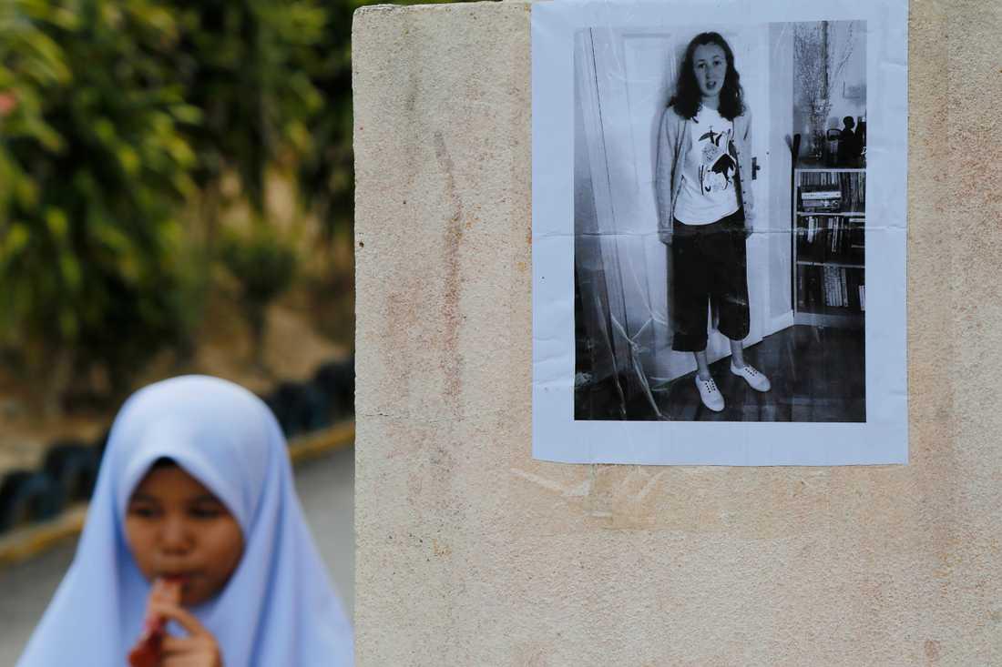 15-åriga Nora Quoirin från Irland försvann från sitt hotellrum. Nu har hon hittats död.