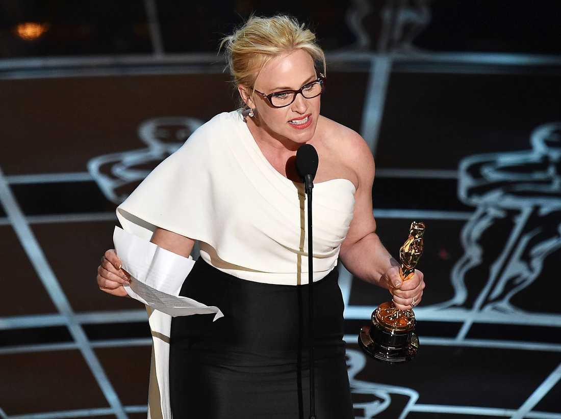 Var hjälte - en kort stund Patricia Arquette var allas hjälte när hon under Oscarsgalan höll ett brandtal för kvinnors rättigheter. På en olycksalig presskonferens efteråt gick det däremot fel. Men hon gjorde trots allt ett försök - även om hon missade lite.