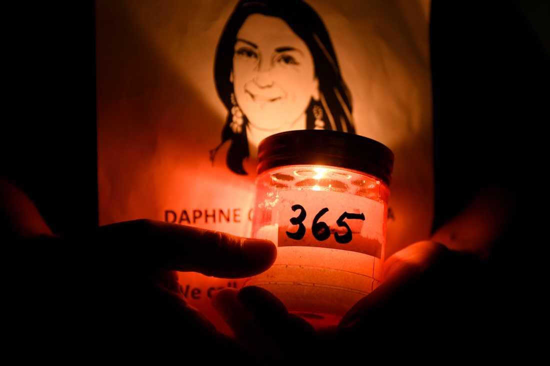 En minnesstund för journalisten Daphne Caruana Galizia i Valetta förra hösten. Arkivbild.