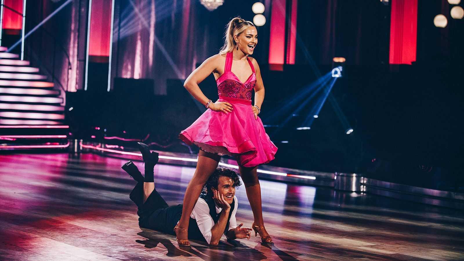 """Alice Stenlöf och Hugo Gustafsson i förra veckans """"Let's dance""""."""