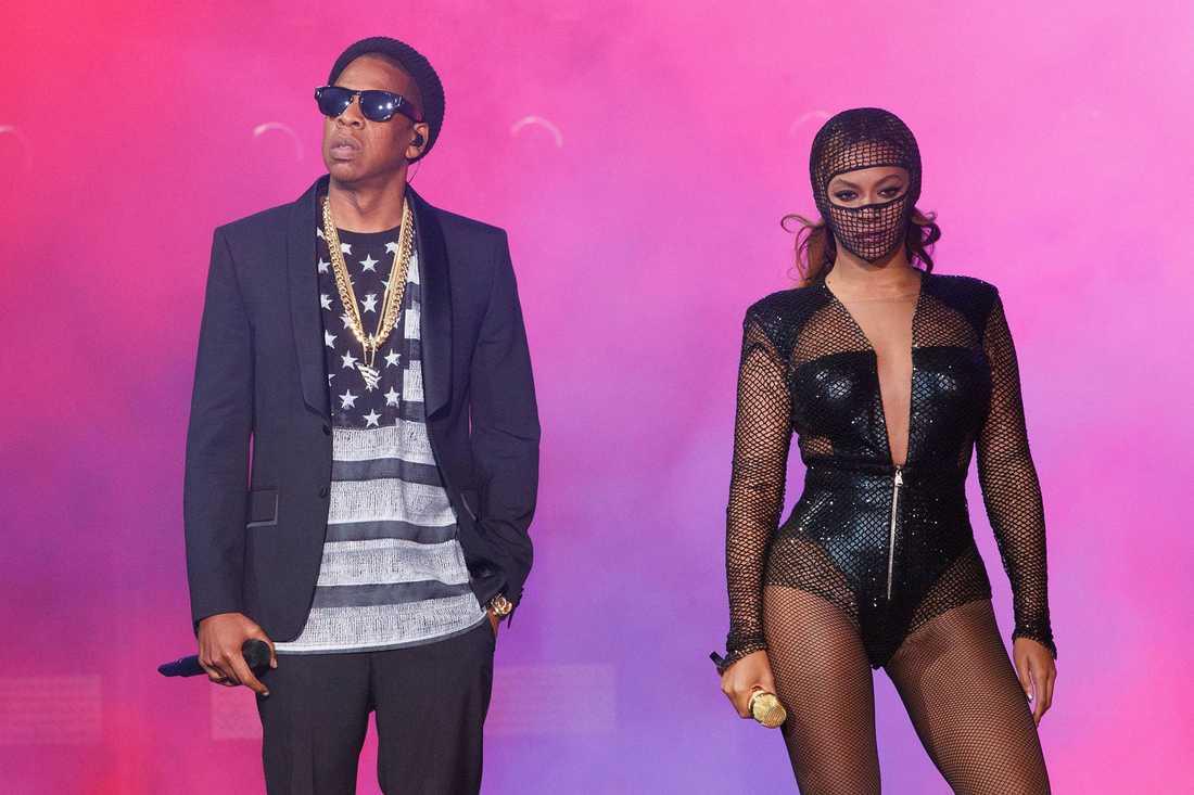 Jay Z och Beyoncé på scen.