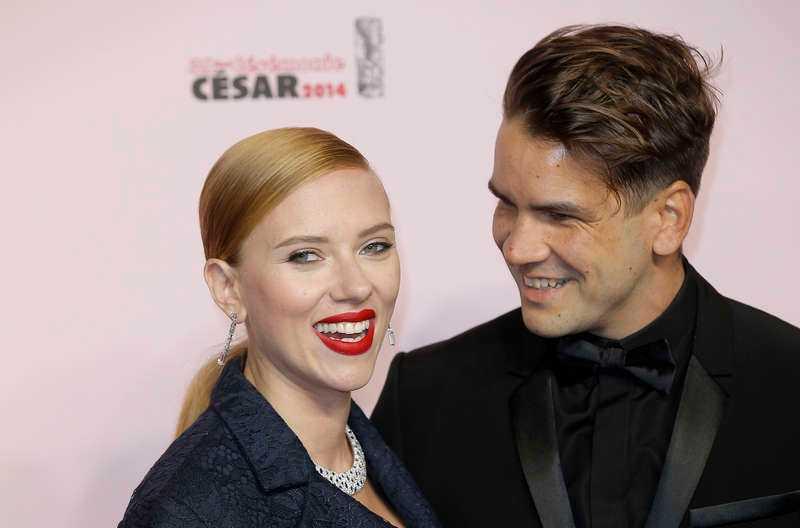 Scarlett Johansson och Romain Dauriac.