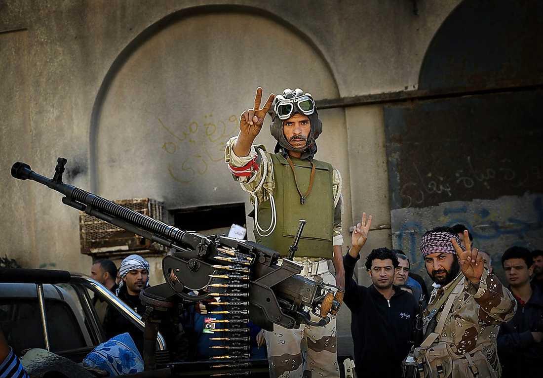 94 människor dog och 200 skadades i Benghazi – men staden står kvar.