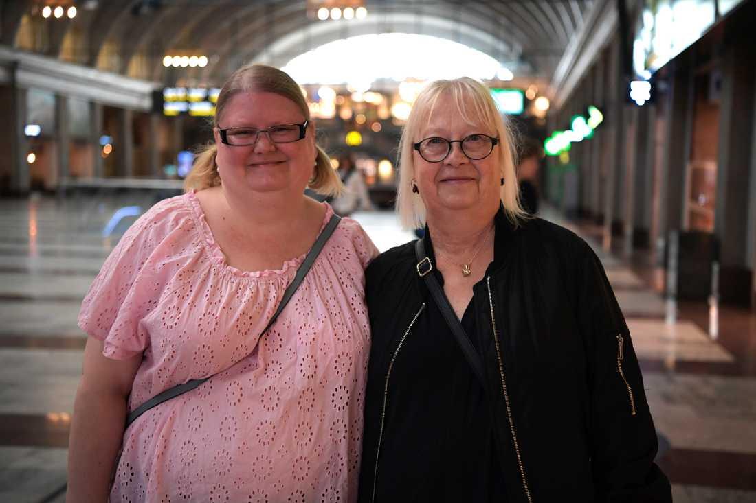 – Jag har inte sett presskonferenserna live, för jag jobbar då. Men jag ser på nyheterna på kvällen, säger Marie Svensson, 44 år från Linköping.